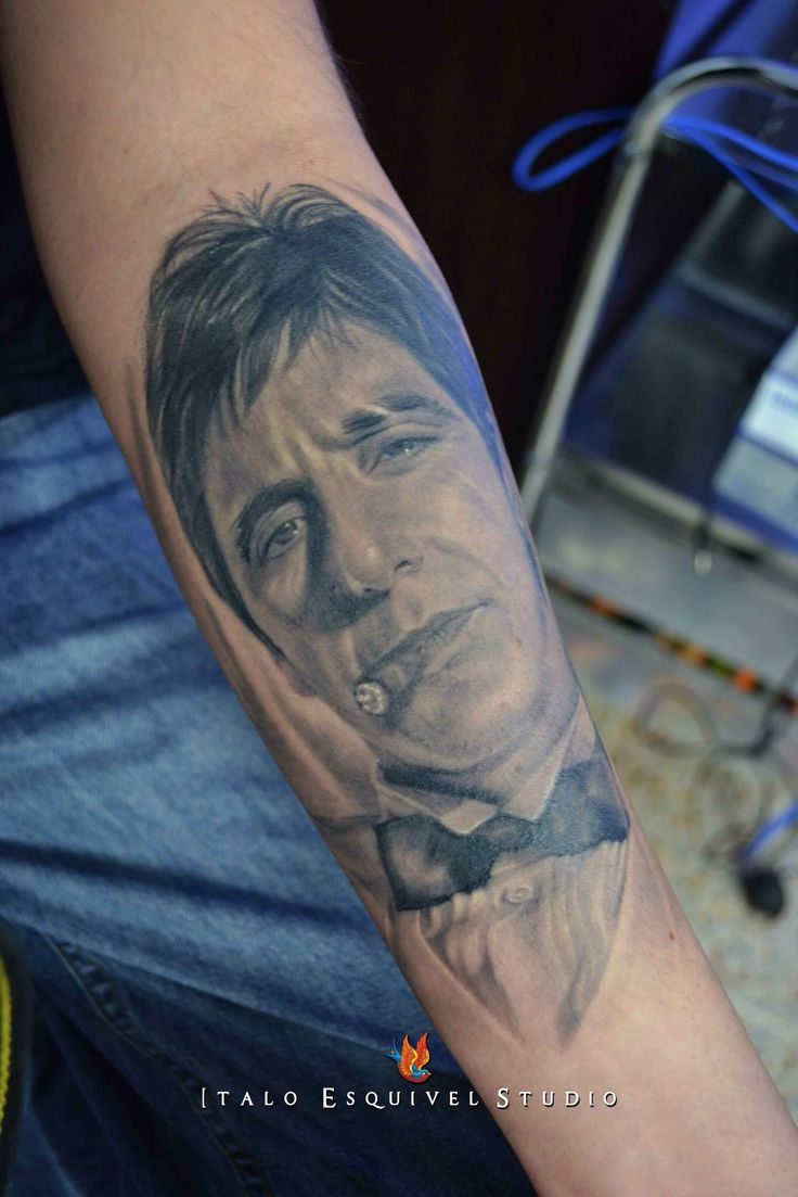 Scarface  By italo esquivel