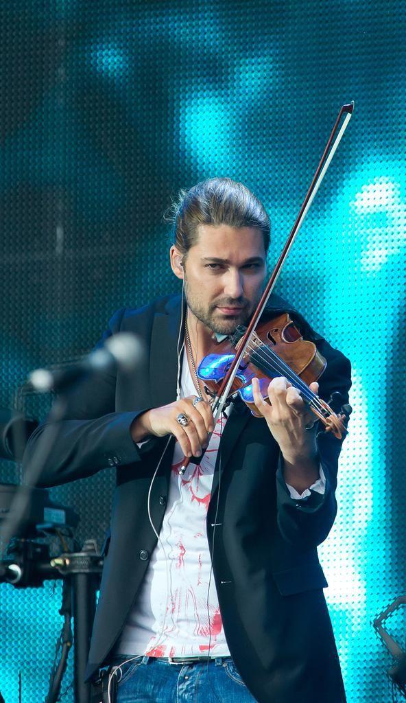 """23.06.2013, MÜNSTER David Garrett spielt auf dem Schlossplatz in Münster auf seiner """"Music""""-Tour."""
