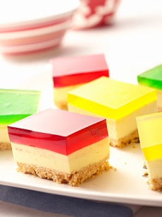 easy peasy jelly belly cheesecake slice :D yum