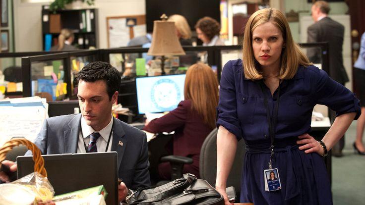 HBO: Veep: Episode 18: D.C. : Videos, Episode Guides and Photos