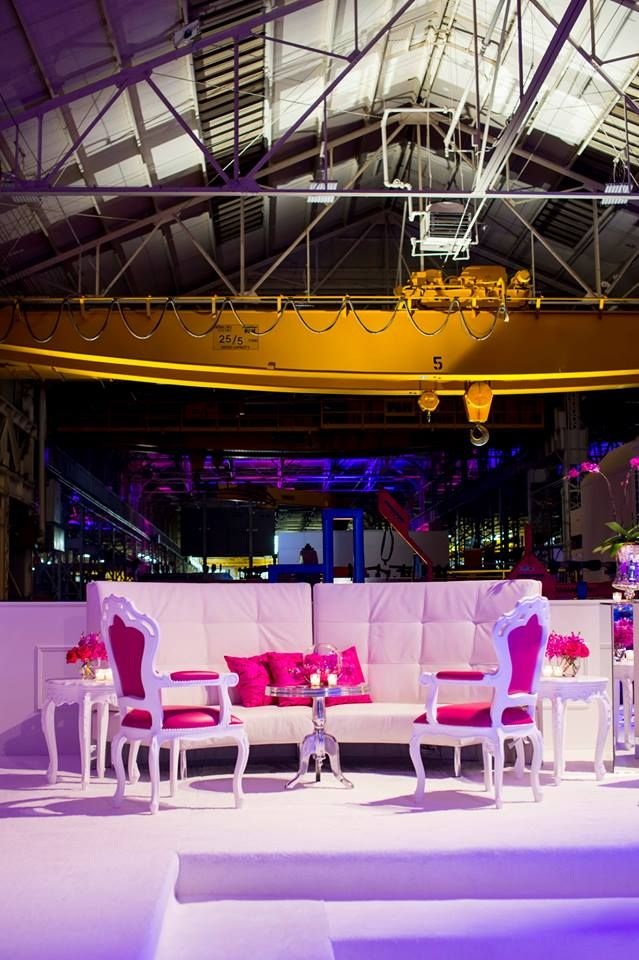 Bringing the Pantone Color of the Year into an event design - radiant orchid!Pantone Colors, White Wedding, Chairs, Blue, Events Design, Corporate Events, Radiant Orchids, Cortes Events, Lounges Area
