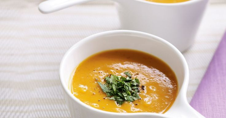 If you're feeling time-poor, whip up a pumpkin soup that needs just half an hour of your time and 4 ingredients.