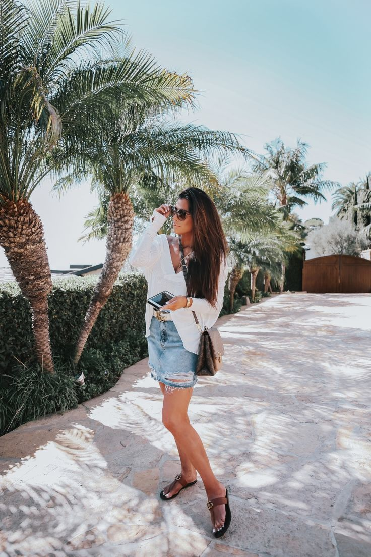 """FEBRUARY 20, 2018 Ripped Denim Mini Skirt Outfit - OUTFIT DETAILS: TOP: Free People 
