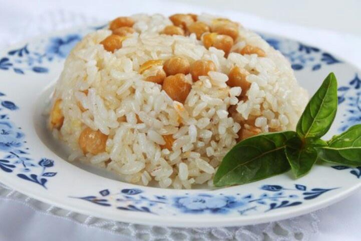 Nuhutlu pilav.. rijst met kikkererwten