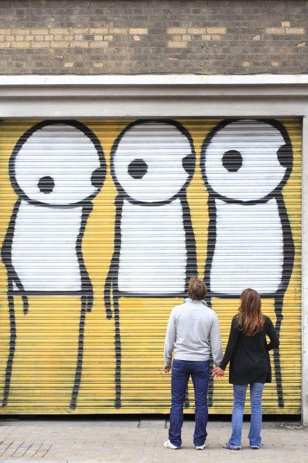 London, East End district, Hackney, Shoreditch, street art by Stik ©Ludovic Maisant
