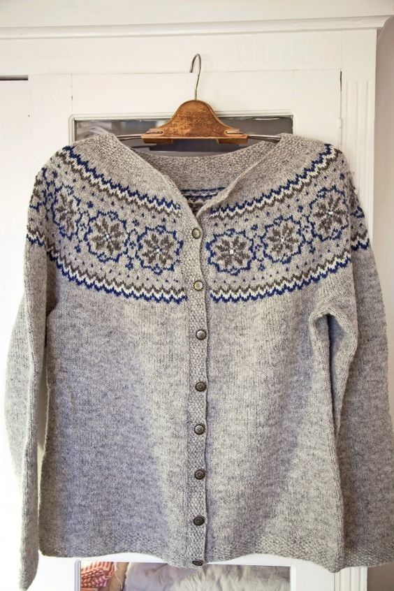 35 best Lusekofte - Norwegian Wool Cardigans images on Pinterest ...
