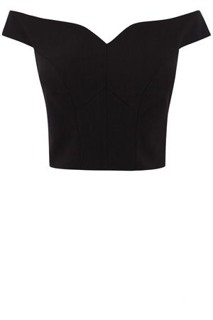 Maximise your after dark appeal in this stunning contouring top. The Zahara Structured Top features a sweetheart neckline and a figure flattering cropped cut. This piece fits beautifully and has a discreet back zip. Team with the Emrie skirt for a stunning style this party season.