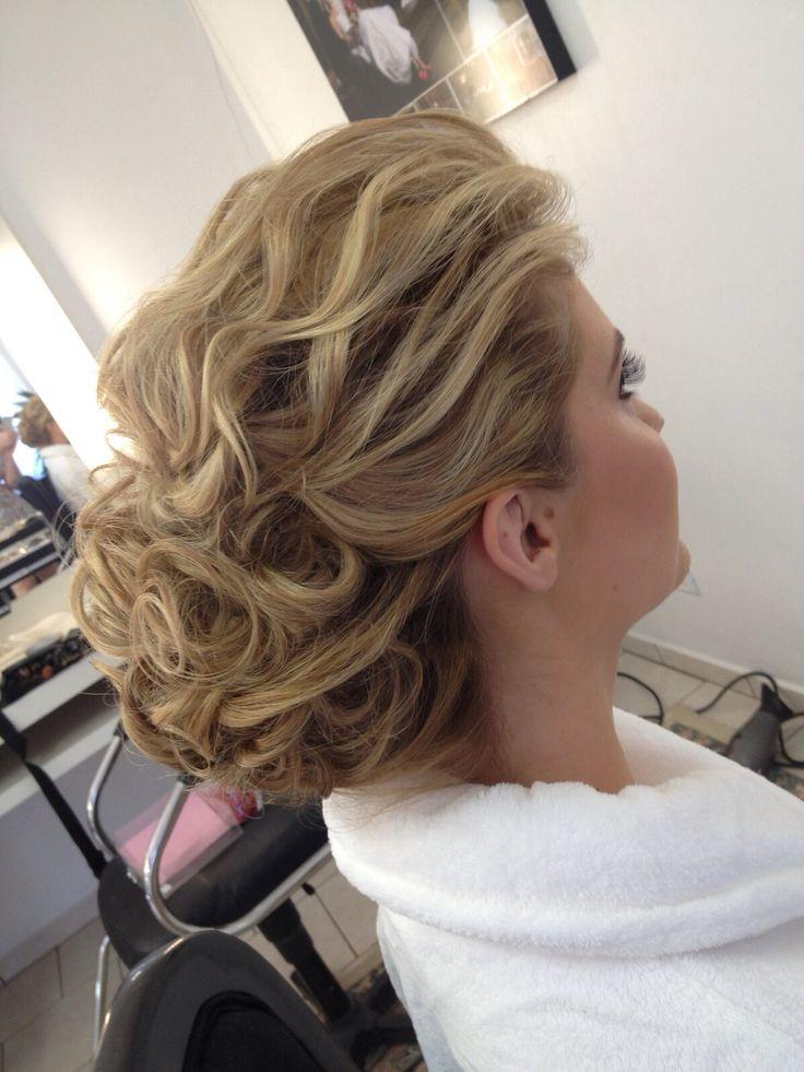 Up hair do