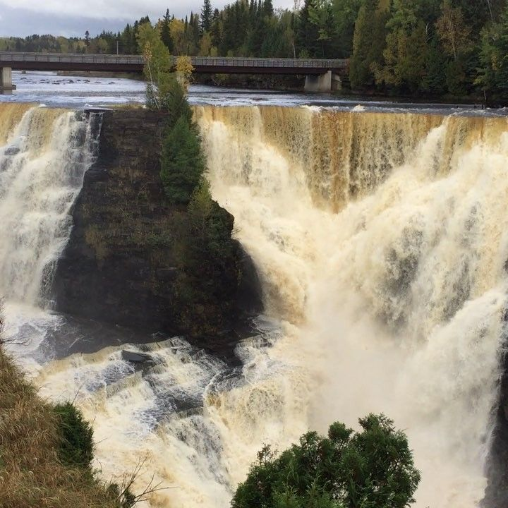 This epic waterfall is a once-in-a-lifetime Ontario roadtrip