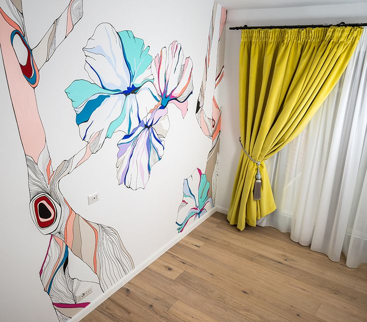 Handpainted Flowers Wall Mural Interior Design | Pictura Murala
