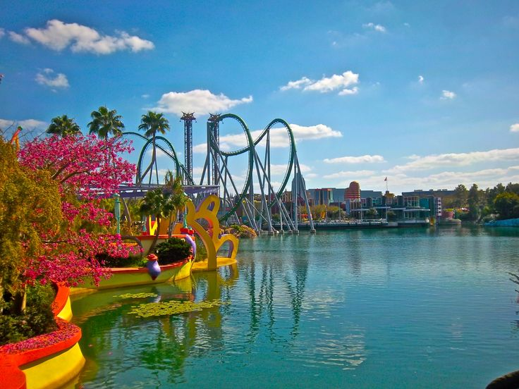 If your a lover of roller coasters then Universal Studious is the place to be.