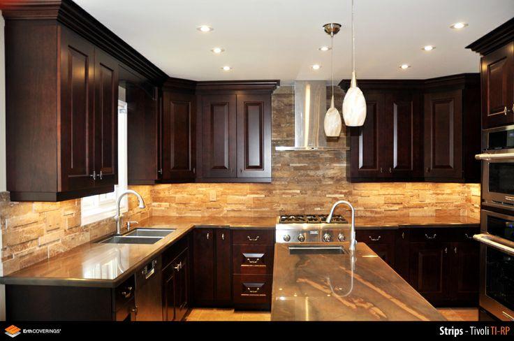 Kitchen backsplash clad in ErthCOVERINS Tivoli Strips natural stone veneer
