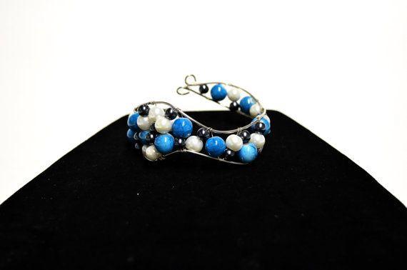 Elegant Blue Bracelet  Blue Pearl Cuff  Pearl by FernsAreGreen