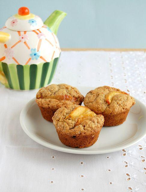 Ginger peach muffins / Muffins de gengibre e pêssego by Patricia Scarpin, dica da @Teri McNamara