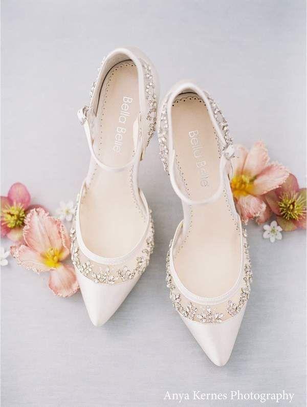 Flower Lace Wedding Shoes Low Heel In 2021 Wedding Shoes Bridal Shoes Ivory Wedding Shoes