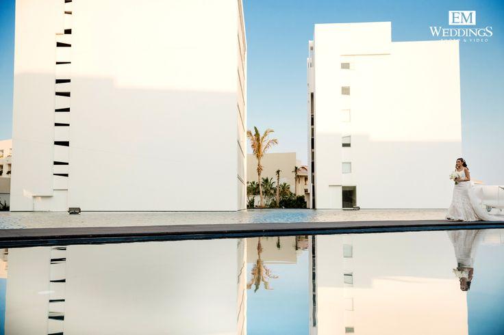 Tina&Omid, congratulations! First look at Mar adentro, Los Cabos. #emweddingsphotography #loscabos #destinationweddings