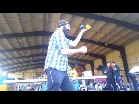 Lag Ba'Omer Montreal 2013 World Renowned Zvi The Juggler