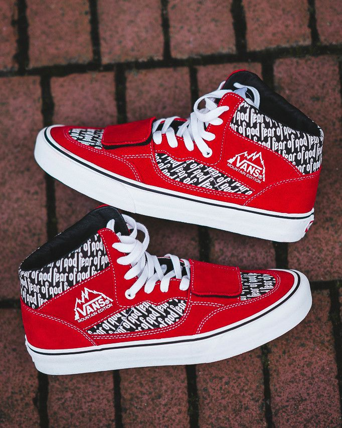 c13e9527fa69 VANS X FEAR OF GOD MOUNTAIN EDITION 35 DX RED PRINT BLACK VA3MQ4PQP ...