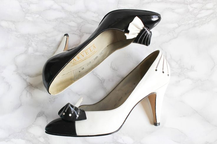 Vintage Heels • Stiletto Heels • 80s Shoes • Designer Shoes Carvela • Black and White Leather Pointed Court Shoes • Material Girl. UK 4.5 by Venelle on Etsy