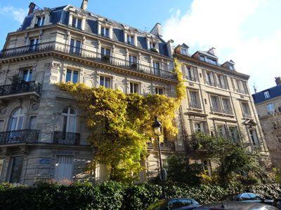 Balade 17ème arrondissement – Plaine Monceau et Batignolles Hôtels particuliers rue Rembrandt