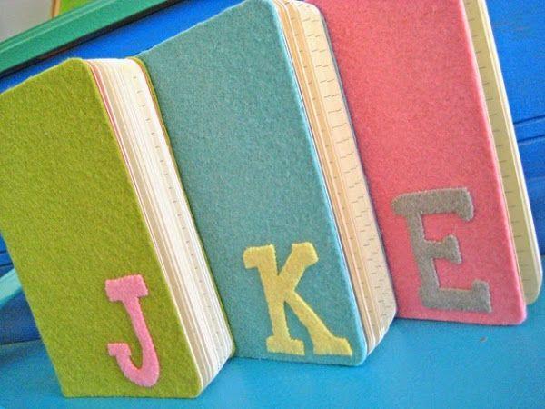 Cómo forrar tapas de libros y/o cuadernos en fieltro | Aprender manualidades es facilisimo.com