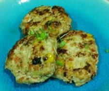 Recipe Easy chicken rissoles by Tahlswood - Recipe of category Starters