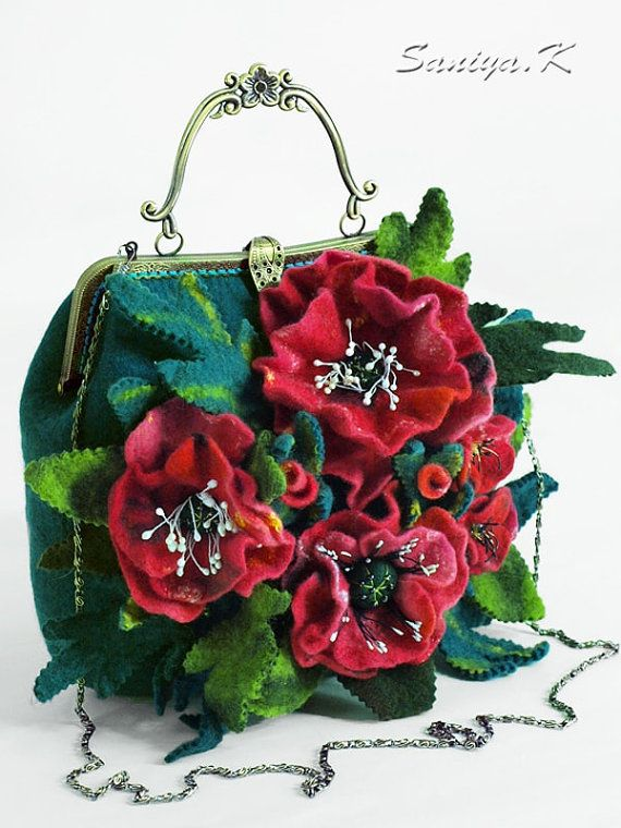The handbag is made of natural wool. Closure with locking frame (clasp) with a metal handle. Chain included. Inside lining with pockets: on the lightning, open and mobile. Handbag dense, well holds form.  Dimensions (without handle) - 24 (width) x 22 (height) x 8 (thickness) cm.  Female handbag Poppies beautiful is made in a single copy.  The handbag is very practical, roomy and hardwearing. Manual gentle wash at a water temperature of 30 degrees. Dry Cleaning.