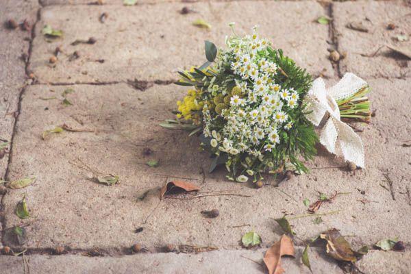 Ramo de novia de manzanilla · La Trastienda Floristería · Foto Kiwo Studio