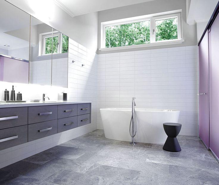 WHITE TILE IN BATHROOM IDEAS - http://www.homedesignstyler.com/white-tile-in-bathroom-ideas/