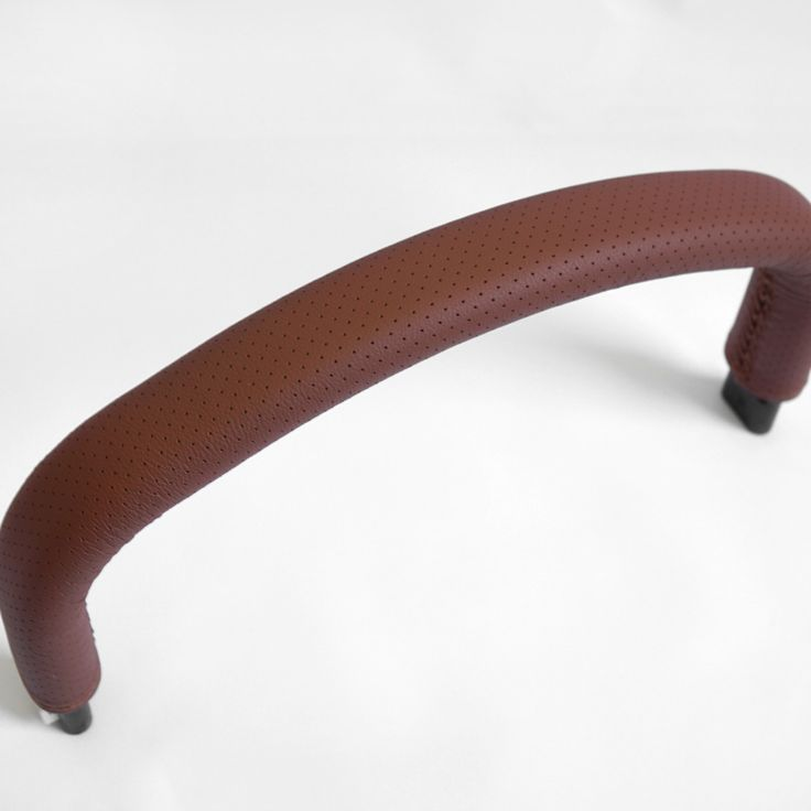 Lace-up leather cover for the Bugaboo Cameleon 1/2 bumper bar.  more info »