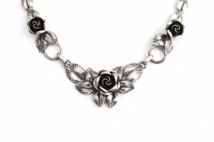 Aurora Patina Zilveren art deco collier met rozen van rond 1940