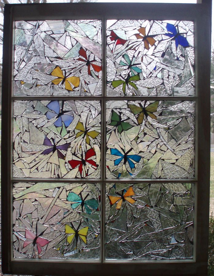 Love the combination of different clear textured glasses combined to make the colored butterflies really stand out!