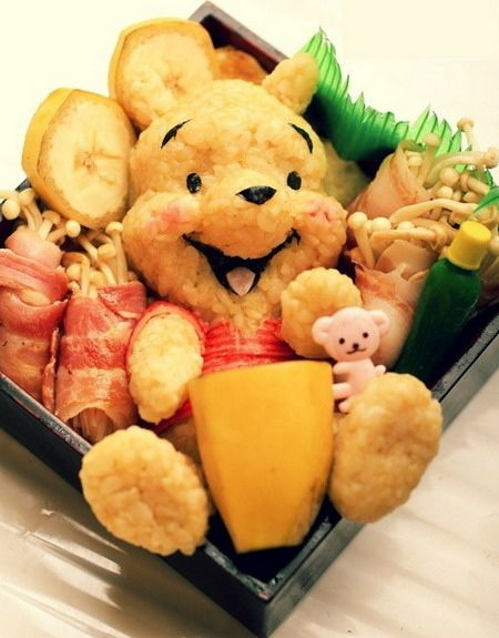 The Many Adventures Of Winnie the Pooh, 1977 | 50 Magical Disney Movie Bento Boxes these bento boxes are adorable