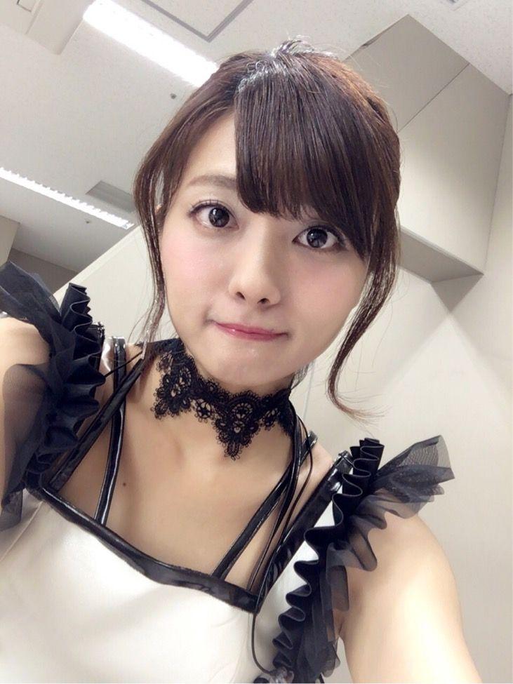 沼倉愛美さんのインナー姿
