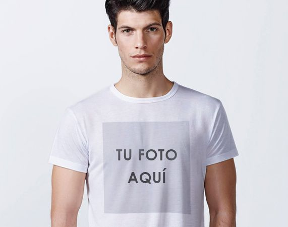 Camiseta personalizada poliéster. Crea tu propio diseño único.