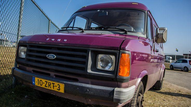 https://flic.kr/p/EgYLHe   10-ZRT-3   1985   Ford Transit MK2   Ford Taunus M Club Onderdelendag - Barneveld 12 Maart 2016