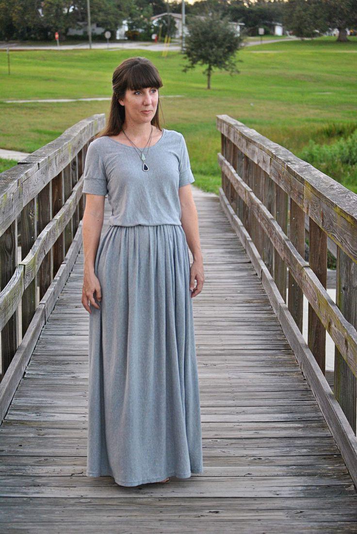 Maxi Dress from a Twin-Sized Jersey Sheet (Tutorial)