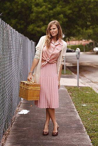 sweet and retro monoxhrome look. perfect picnic attire.