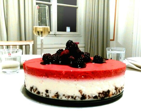 Coconut rasberry cheesecake