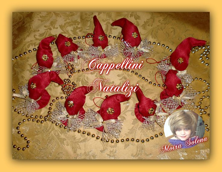 Cappellini Natalizi decorativi, per appendere all'albero di Natale o per abbellire confezioni regalo...ANCHE COME SEGNAPOSTO SULLA TAVOLA DELLE FESTE!