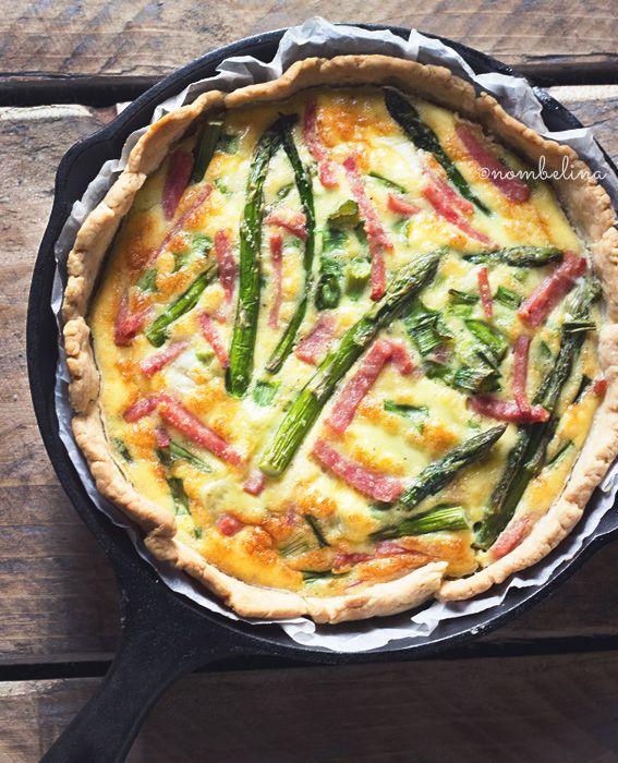 Hartige Taart met Ham en Groene Asperges
