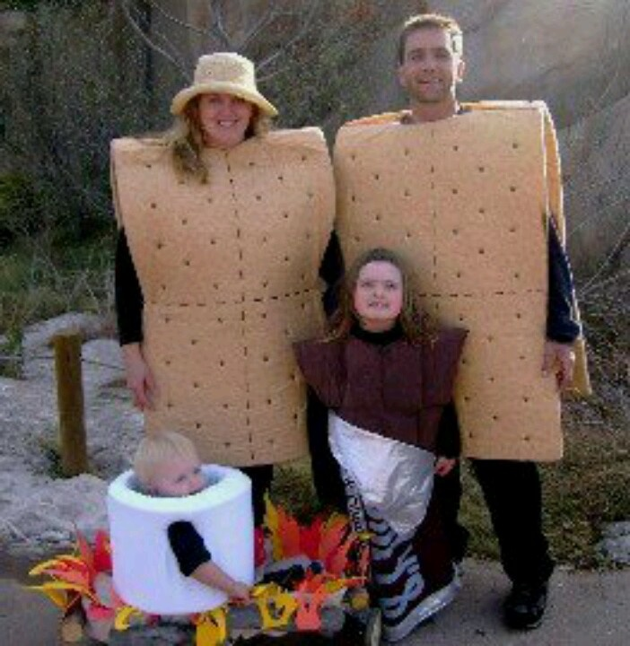 smores family costume this will happen in my future family hopefully my future husband will be up to dressing up as a graham cracker cause this will - Aliens Halloween Costume Baby