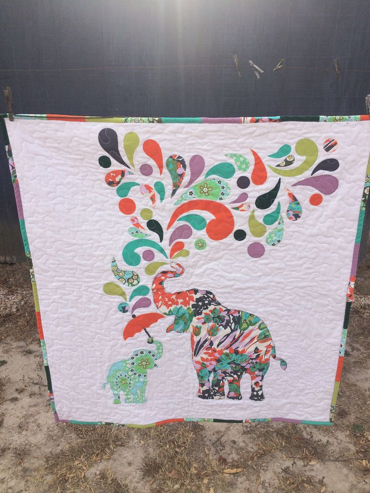 https://flic.kr/p/Nh5Zcr | Elephant Paisley | My attempt at an Elephant and her Baby. Free Pattern at www.windhamfabrics.com  Type Paisley Splash into search field.