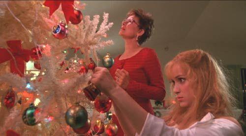 Winona Ryder | Edward Scissorhands ❤️ white Christmas tree