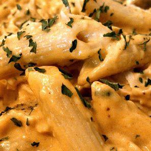 Crockpot Buffalo Chicken Pasta
