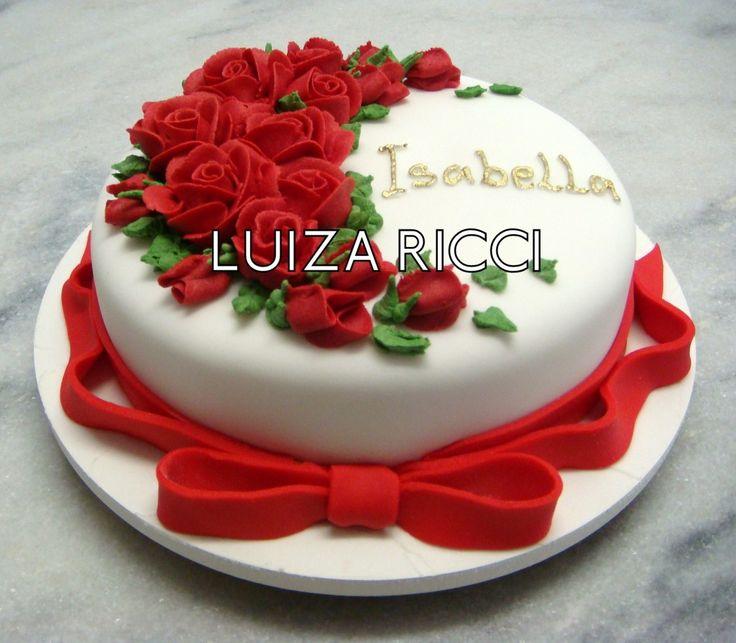 bolo rosas com laço de fita