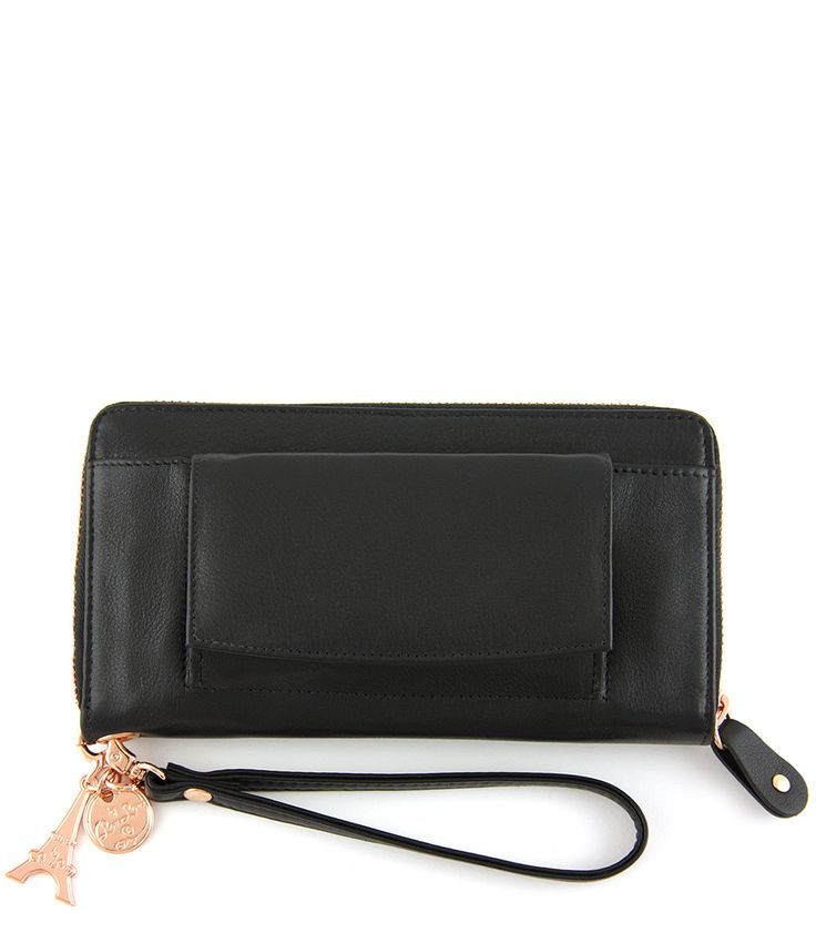 De Smart Little Bag van By LouLou met rosé gouden details is echt een musthave. Deze leren multifunctionele portemonnee kun je ook als clutch gebruiken dankzij het handige polsbandje.