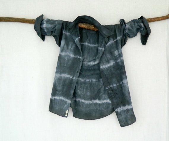 WAYFARER . men's tie dye shirt . S  Small . by bohemianbabes