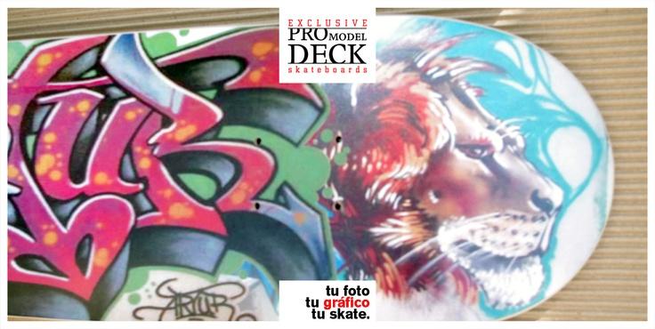 Regalo de tabla de skate personalizada con un graffiti realizado por él mismo.