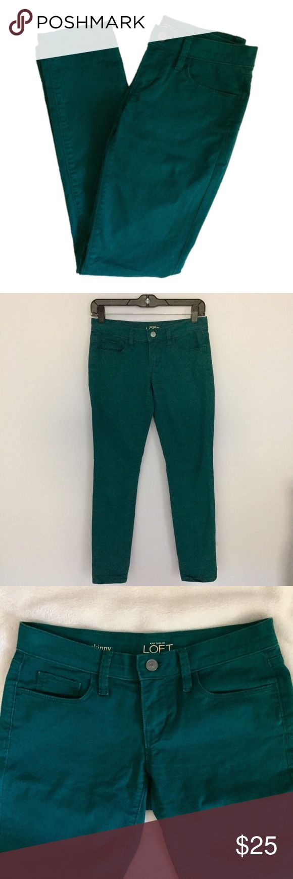 "Ann Taylor LOFT Dark Green Skinny Jeans Ann Taylor LOFT Dark Green Skinny Jeans. Size 24 or size 00 equivalent. Inseam 30"" Waist 27.5"" Hips 35.5"" Excellent Condition! Let me know if you have any questions! ✅ I LOVE OFFERS ✅ INSTAGRAM: @ocaputostyle LOFT Jeans Skinny"